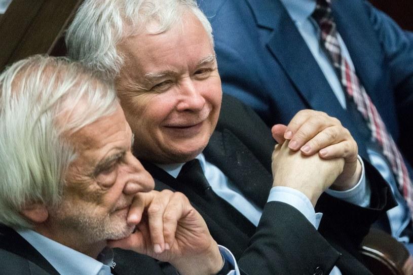 Jarosław Kaczyński i Ryszard Terlecki w Sejmie /Andrzej Iwańczuk /Reporter