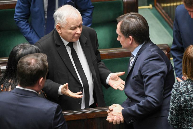 Jarosław Kaczyński i Zbigniew Ziobro w Sejmie /Jacek Dominski/ /Reporter