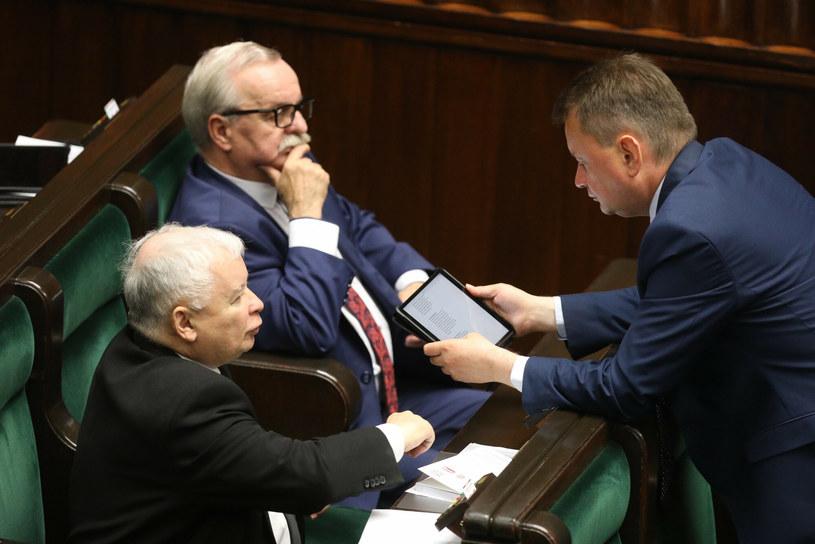 Jarosław Kaczyński, Leonard Krasulski i Mariusz Błaszczak /Tomasz Jastrzebowski/REPORTER /East News
