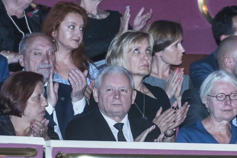 """Jarosław Kaczyński na premierze """"Smoleńska"""" /Jacek Domiński /Reporter"""