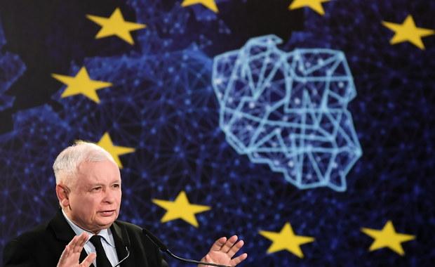"""Jarosław Kaczyński o obronie dzieci: """"Żeby pary homoseksualne nie mogły eksperymentować dziećmi"""""""