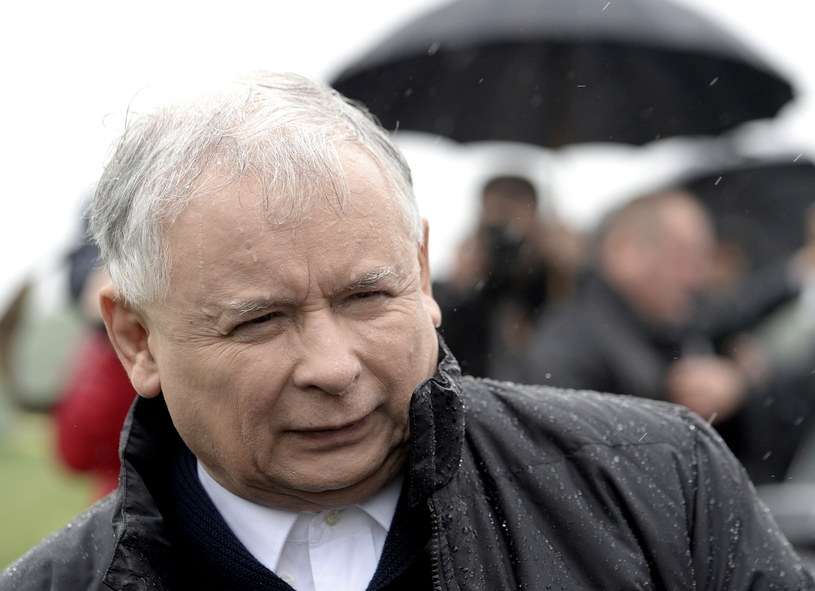Jarosław Kaczyński podczas wizyty we Wrzawach /Darek Delmanowicz /PAP