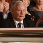 """Jarosław Kaczyński poruszony filmem """"Smoleńsk"""". Zareagował... radością!"""