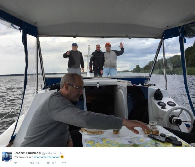 Jarosław Kaczyński pozdrawia /Twitter