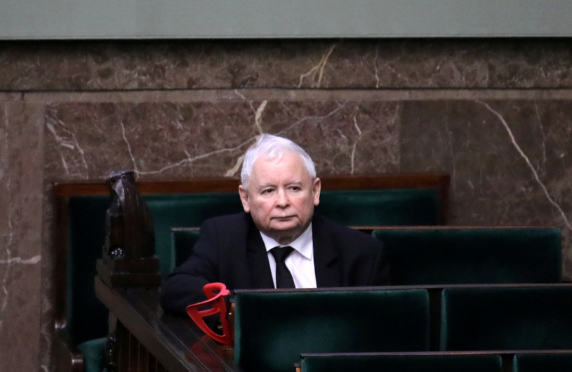 Jarosław Kaczyński przeszedł już operację jednego kolana w 2019 r. /Piotr Molecki /East News