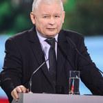 Jarosław Kaczyński szaleje na wakacjach! Dawno nie był taki uśmiechnięty