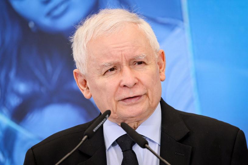 Jarosław Kaczyński to jedna z najbardziej kontrowersyjnych postaci polskiej sceny politycznej /Jacek Dominski/ /Reporter