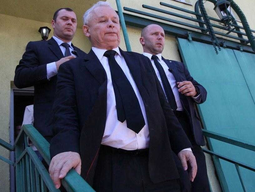 Jarosław Kaczyński uważa, że każdy, kto działa przeciwko PiS, rozbija prawicę /AFP