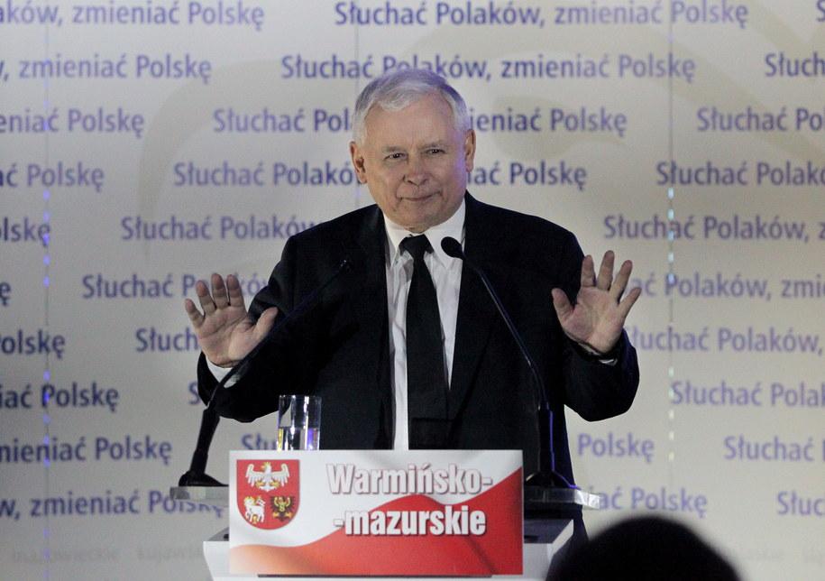 Jarosław Kaczyński w Olsztynie podczas konwencji wyborczej Prawa i Sprawiedliwości /Tomasz Waszczuk /PAP