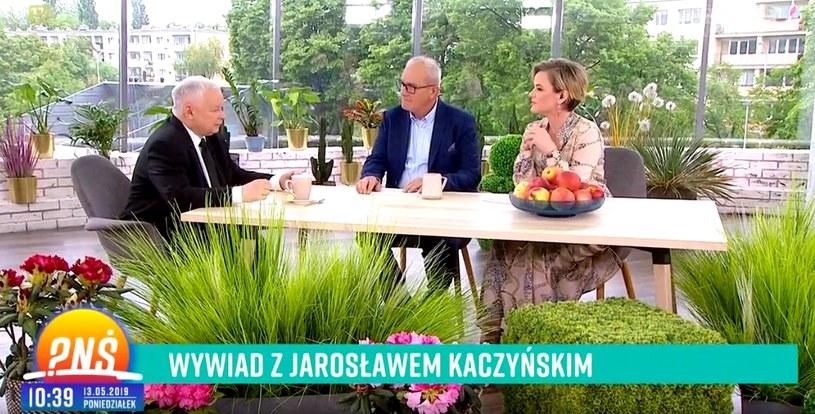 """Jarosław Kaczyński w """"Pytaniu na śniadanie"""". Rozmowę prowadzili Monika Zamachowska i Michał Olszański (screen z TVP) /materiały prasowe"""