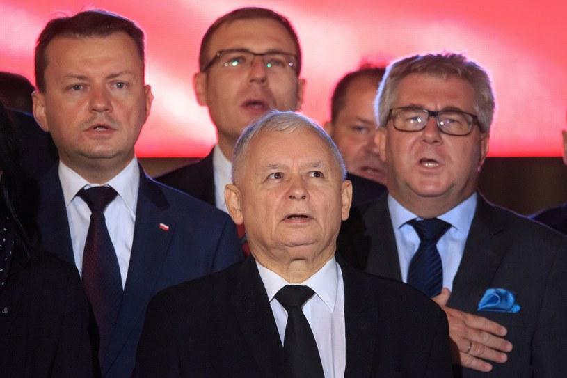 Jarosław Kaczyński (w środku) i Ryszard Czarnecki (pierwszy z prawej) /Michał Woźniak /East News