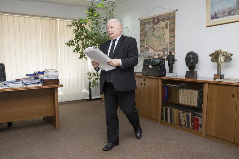 Jarosław Kaczyński w swoim gabinecie na Nowogrodzkiej /Tomasz Radzik /East News