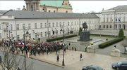 Jarosław Kaczyński złożył wieniec na dziedzińcu Pałacu Prezydenckiego