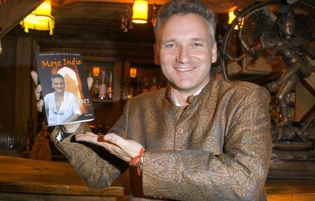 Jarosław Kret podczas promocji swej książki o Indiach /AKPA