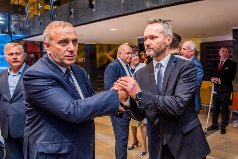 Jarosław Wałęsa i Grzegorz Schetyna /Marcin Bruniecki /Reporter