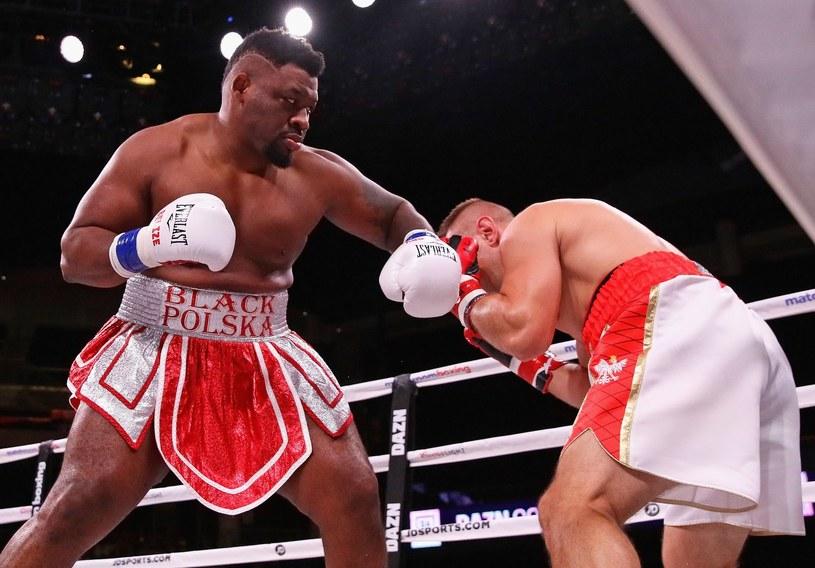 Jarrell Miller w walce z Tomaszem Adamkiem /AFP