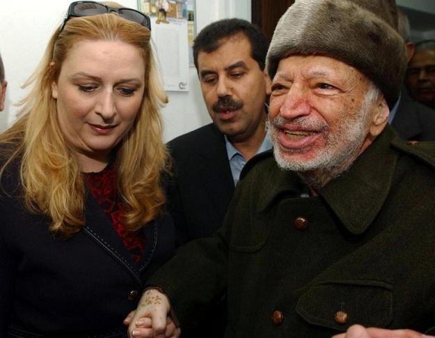 Jaser Arafat z żoną /AFP