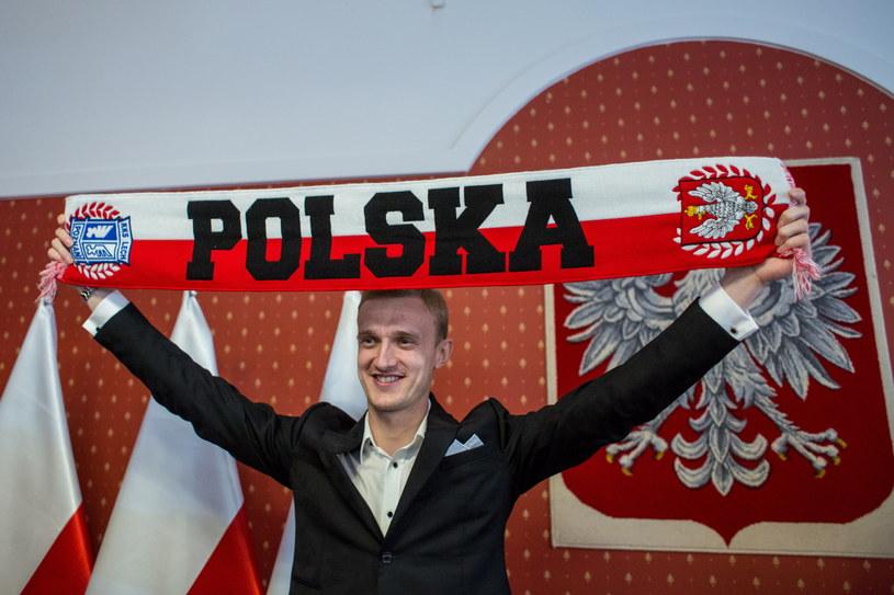 Jasmin Burić po otrzymaniu polskiego paszportu /Paweł Jaskółka /PAP