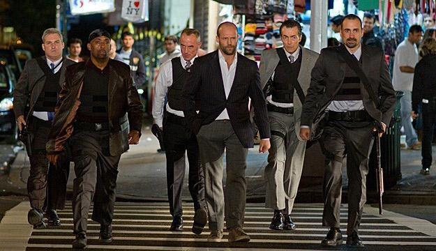"""Jason Statham w filmie """"Protektor"""" /materiały prasowe"""