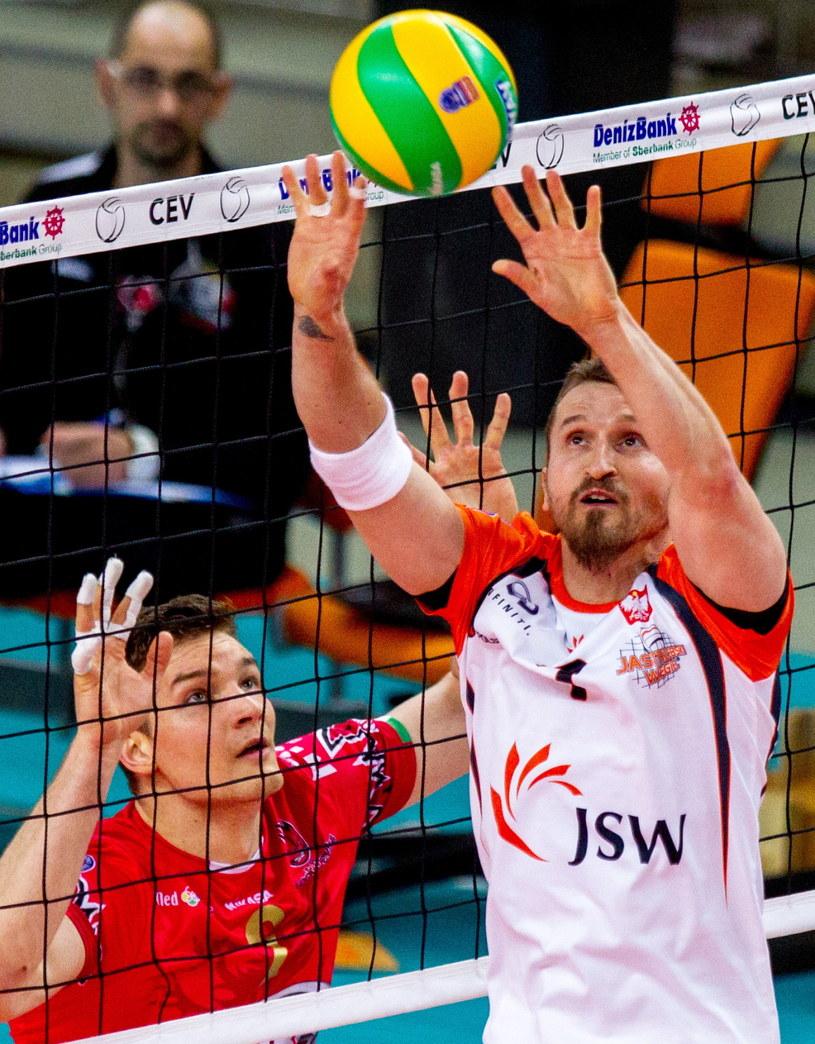 Jastrzębianie przegrali u siebie z Sir Safety Perugia 2:3 /Fot. Andrzej Grygiel /PAP