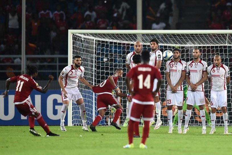 Javier Balboa strzela drugiego gola Gwinei Równikowej /AFP