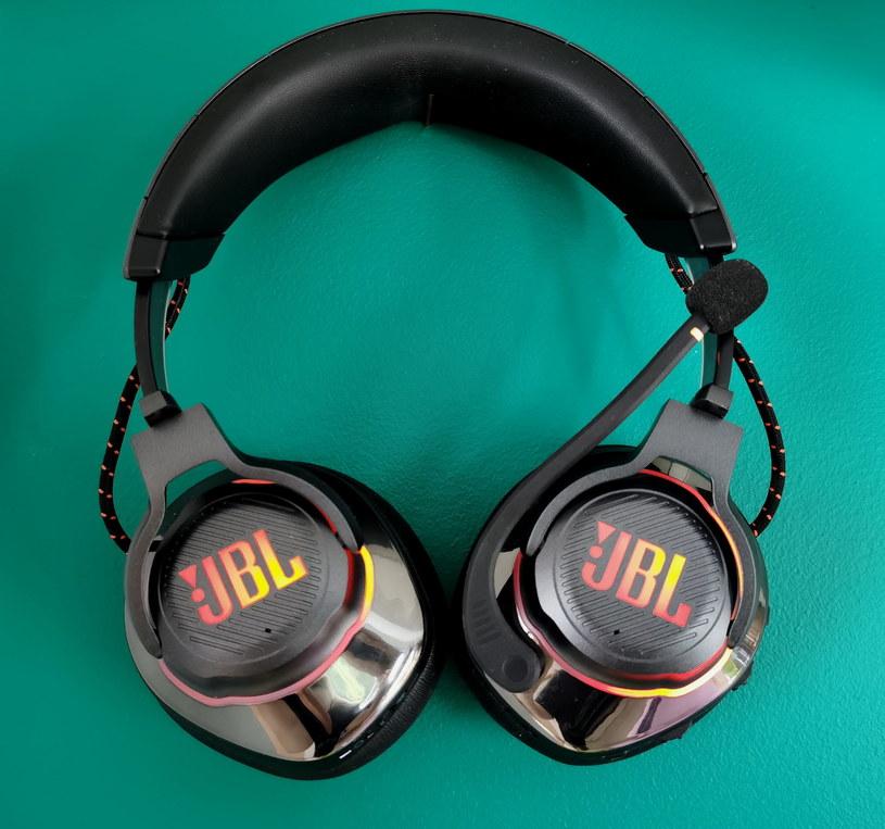 JBL Quantum 800 /INTERIA.PL