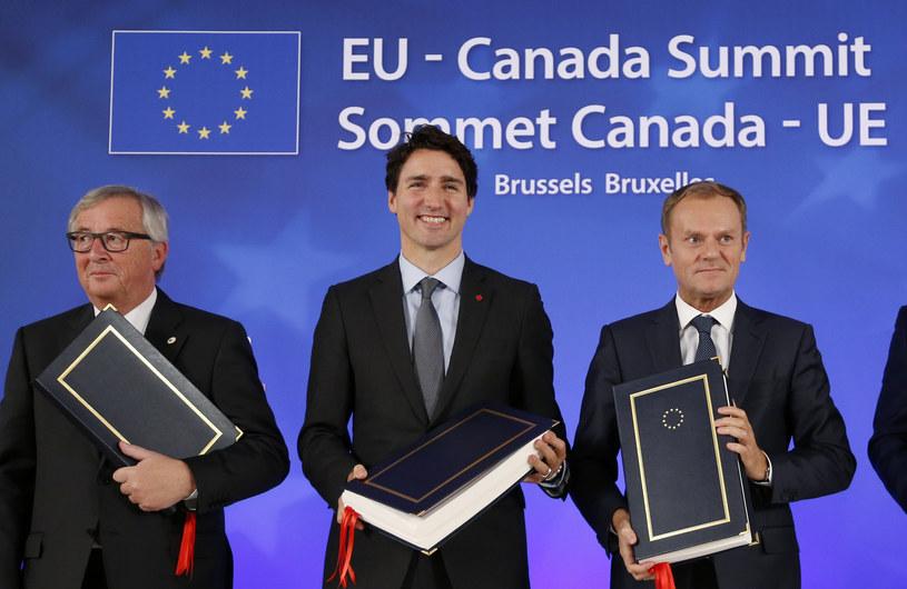 Jean-Claude Juncker, Justin Trudeau, Donald Tusk. Podpisanie umowy CETA /AFP