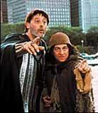 """Jean Reno i Christian Clavier jako """"Goście w Ameryce"""" /"""