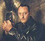 """Jean Reno w filmie """"Aniołowie Apokalipsy"""" /"""
