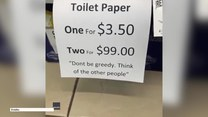 """Jeden papier toaletowy za 3,5 dol., dwa za 99 dolarów. Australijski sklep pokazuje jak walczyć z """"panicznymi zakupami"""""""