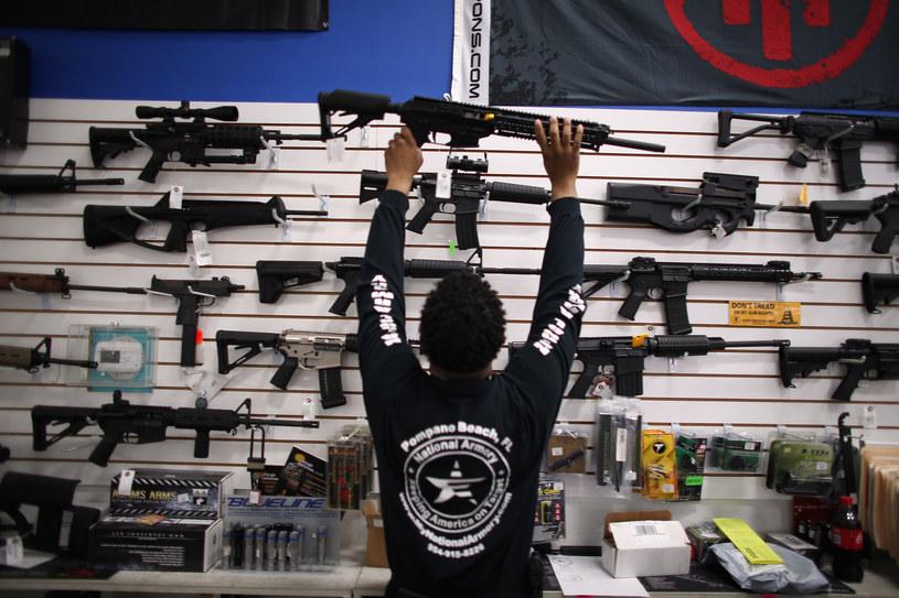 Jeden z amerykańskich sklepów z bronią. Zdj. ilustracyjne /AFP