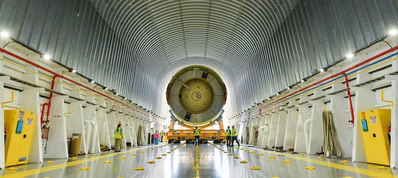 Jeden z elementów NASA Space Launch System, ciężka rakieta mająca zastąpić wahadłowce kosmiczne. To dzięki niej NASA planuje dolecieć na Księżyc i Marsa. Nowy silnik (napęd) zrewolucjonizowałby sposób podróży w kosmosie /NASA