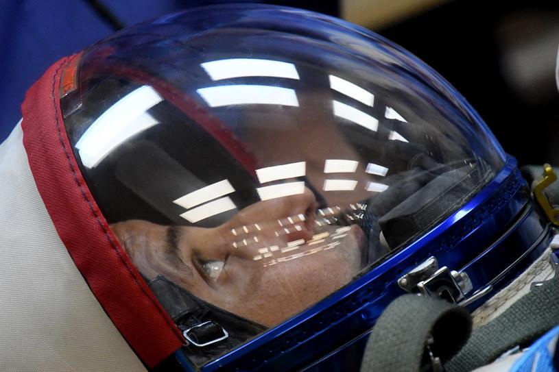 Jeden z kolejnych członków załogi ISS tuż przed startem /AFP