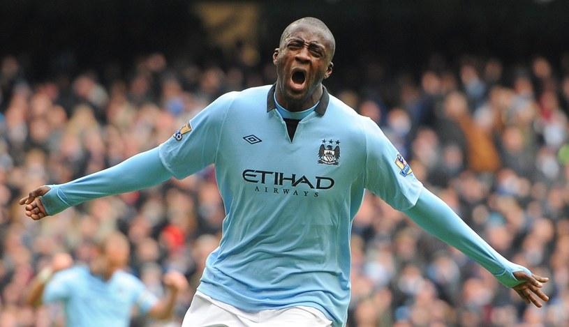 Jeden z liderów Manchesteru - City Yaya Toure był piłkarzem Barcelony w latach 2007-2010 /AFP