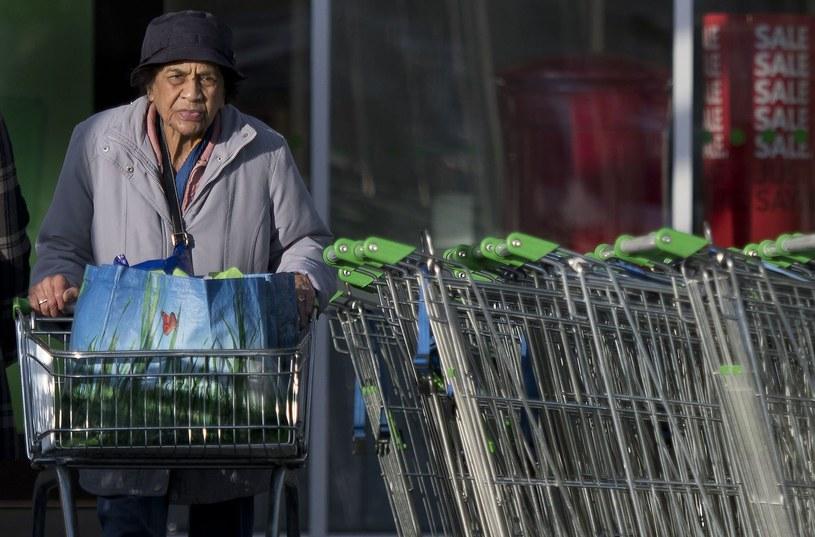 Jeden z londyńskich supermarketów /AFP