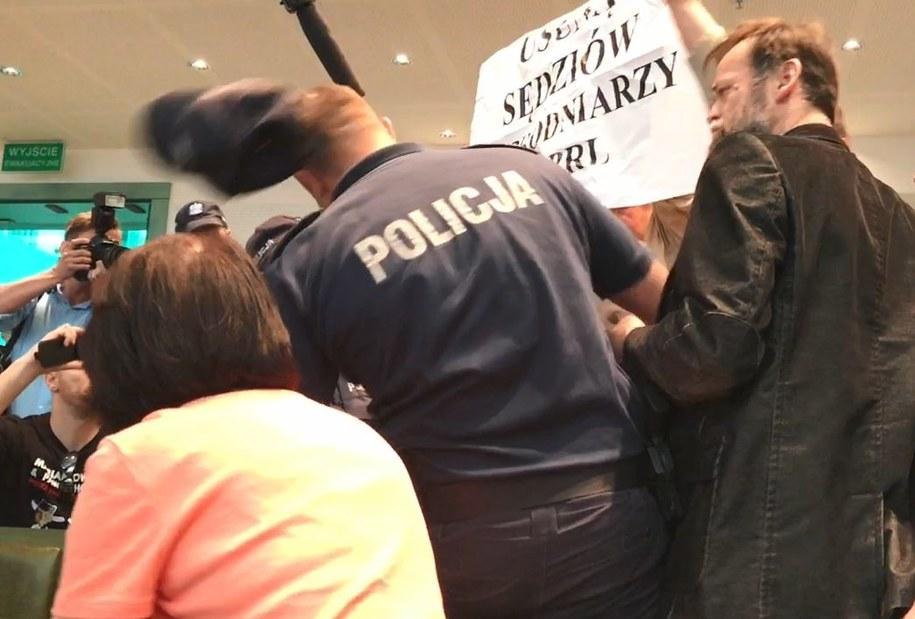 Jeden z mężczyzn zaatakował policjanta... /Tomasz Skory  /RMF FM