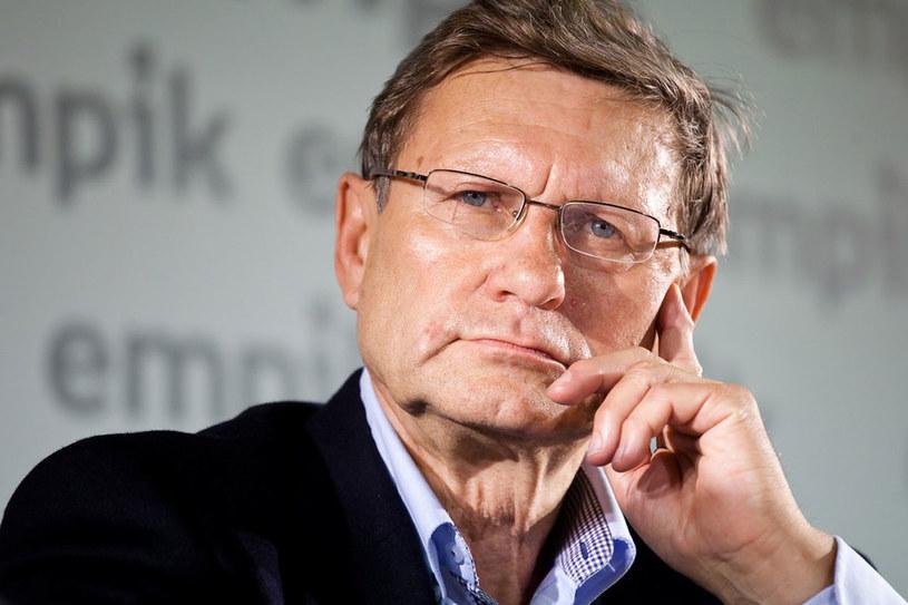 """Jeden z najbardziej rozpoznawalnych polityków. Na ulicy mówią do niego """"panie Leszku"""" /KAROL SEREWIS /East News"""
