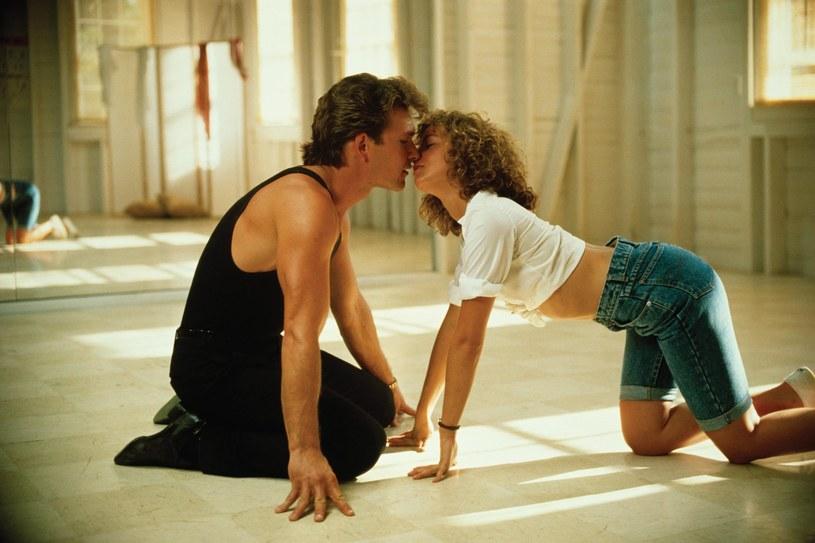 """Jeden z nasłynniejszych momentów """"Dirty Dancing"""" /VESTRON PICTURES /East News"""