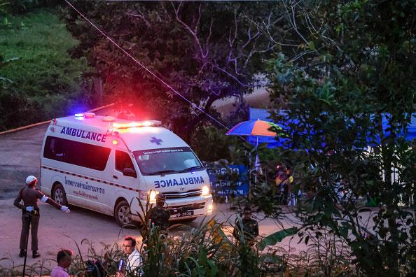 Jeden z nurków zginął podczas akcji. O tym nie mogły dowiedzieć się dzieci /Getty Images