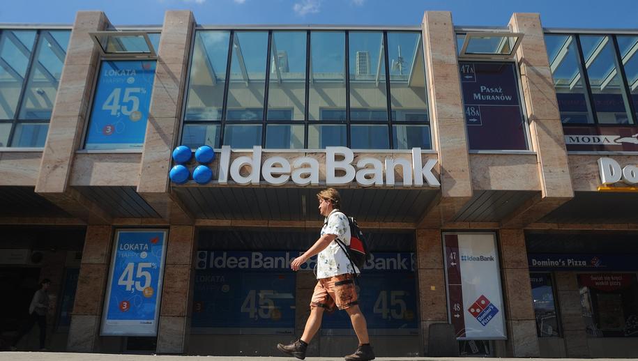 Jeden z oddziałów Idea Banku /Szymon Łaszewski    /PAP