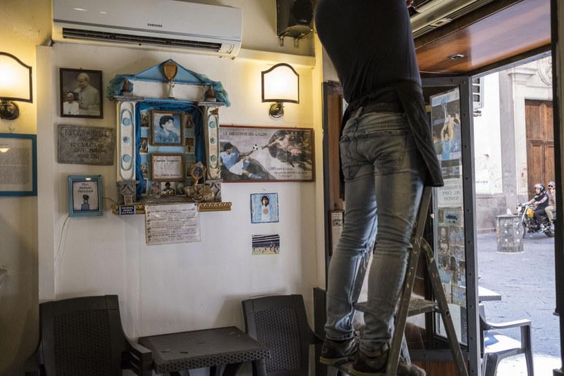 """Jeden z """"ołtarzy"""" Maradony w Neapolu /East News"""