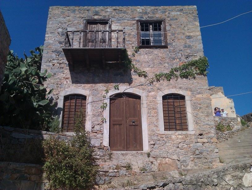 Jeden z opuszczonych budynków - Spinalonga. Fot: DJ /INTERIA.PL
