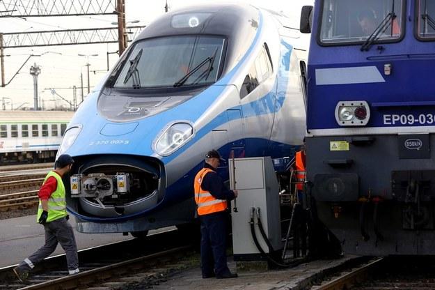 Jeden z pociągów Pendolino /Tomasz Gzell /PAP