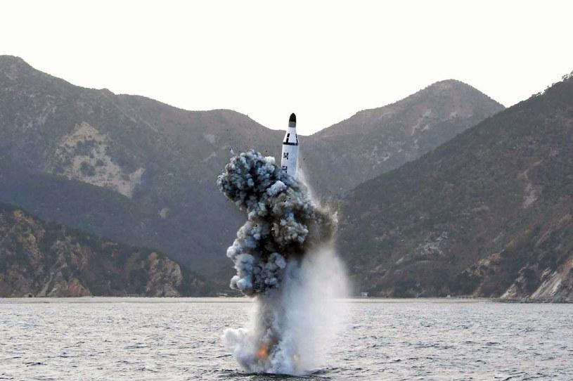 Jeden z testów pocisków Korei Płn. Kwiecien 2016 /AFP