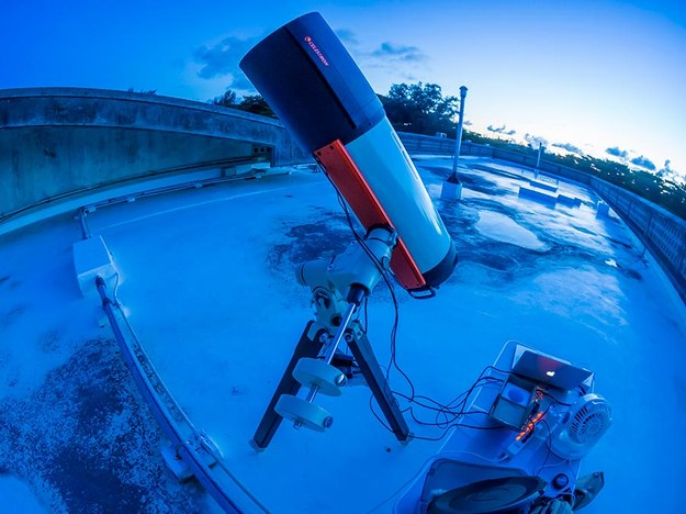 Jeden z użytych przez zespół OASES (Organized Autotelescopes for Serendipitous Event Survey) teleskopów /Ko Arimatsu /Materiały prasowe