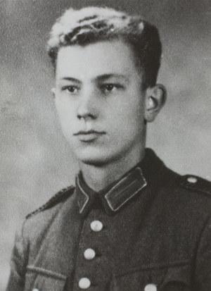 Jeden ze sprawców zbrodni w Markowej - niemiecki żandarm Joseph Kokott. Zdjęcie ze zbiorów IPN w Rzeszowie /Archiwum autora