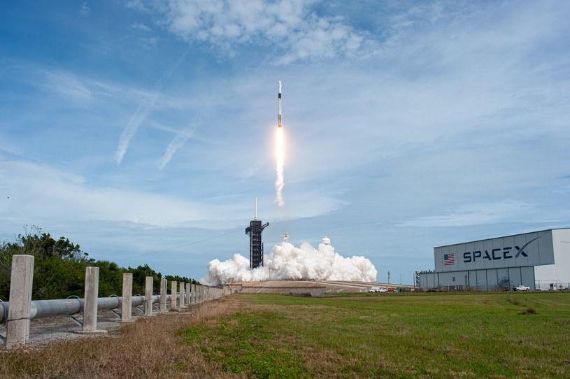Jeden ze wcześniejszych startów rakiety Falcon 9 /NASA