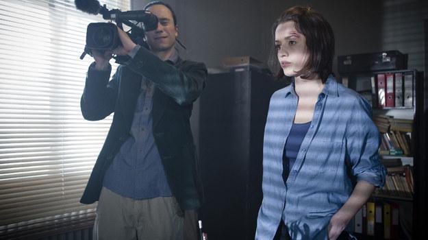 Jedną z głównych ról w serialu gra Katarzyna Maciąg, partneruje jej Rafał Maćkowiak /  /TVP