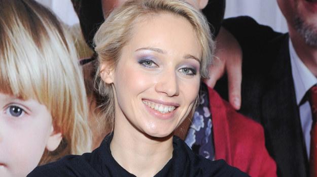 """Jedną z gwiazd """"Licencji na wychowanie"""" jest Joanna Pierzak-Orleańska / fot. Andras Szilagyi /MWMedia"""