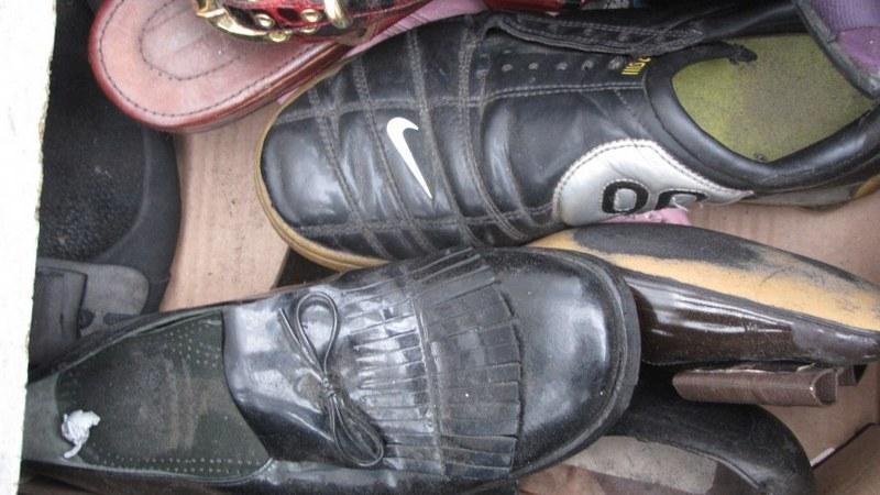 Jedna z par butów, która czeka na właściciela /Michał Fit /RMF FM